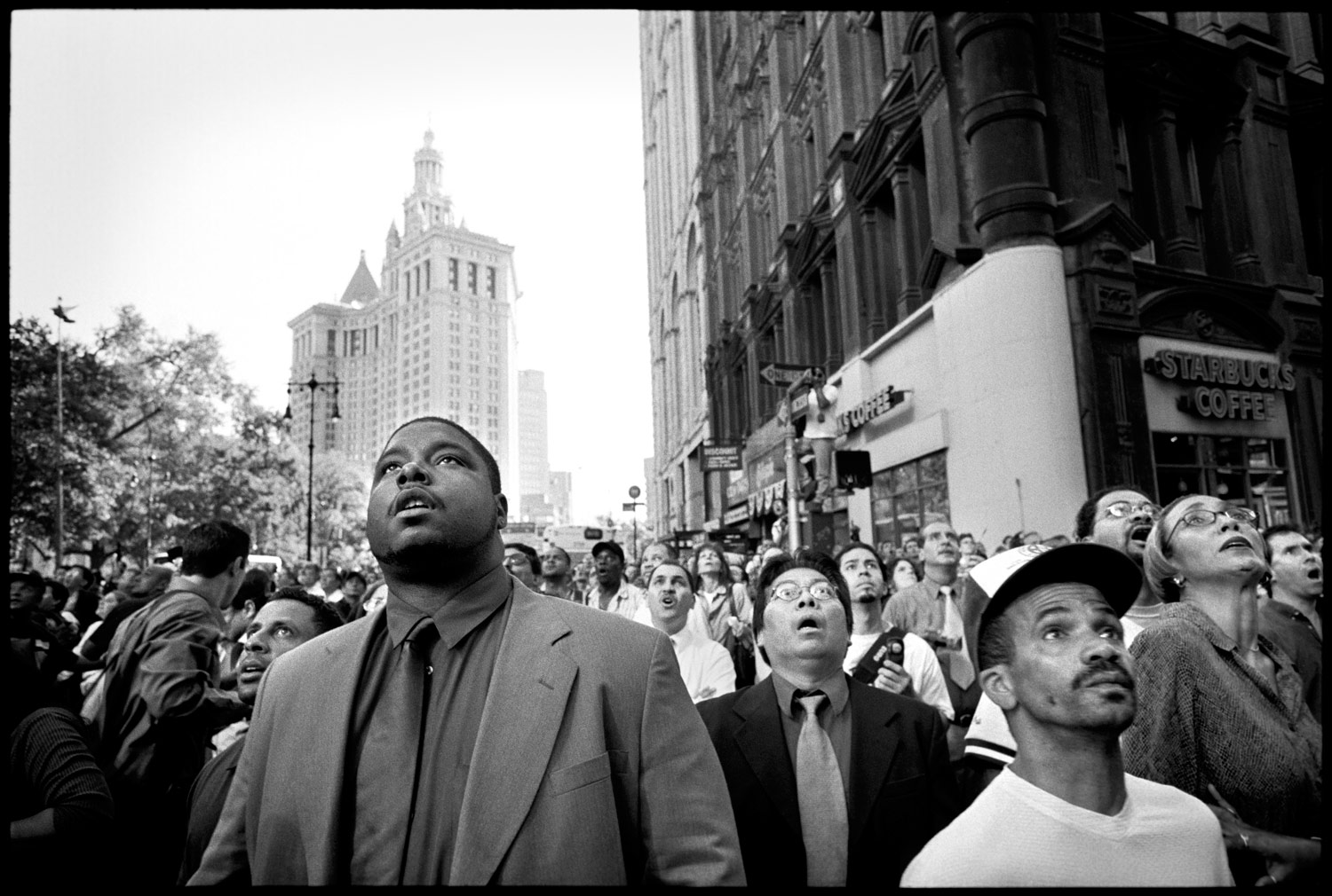 Peoples-Reactions-To-The-Nine-Eleven-Twin-Towers-Attack-In-New-York